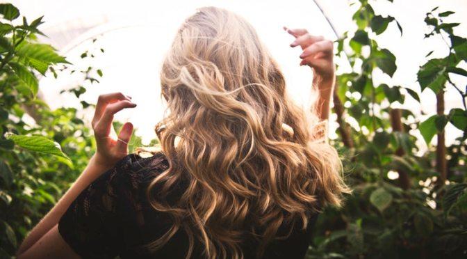 Cómo preparar un óleo casero para que tu pelo crezca sano y fuerte. Por Abril Preatoni