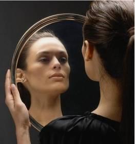 Lesdoit-Mujer-Espejo