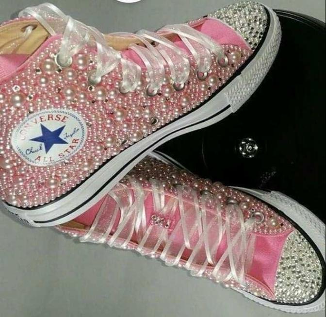 MamiMarga: zapatillas customizadas para las nenas en su día