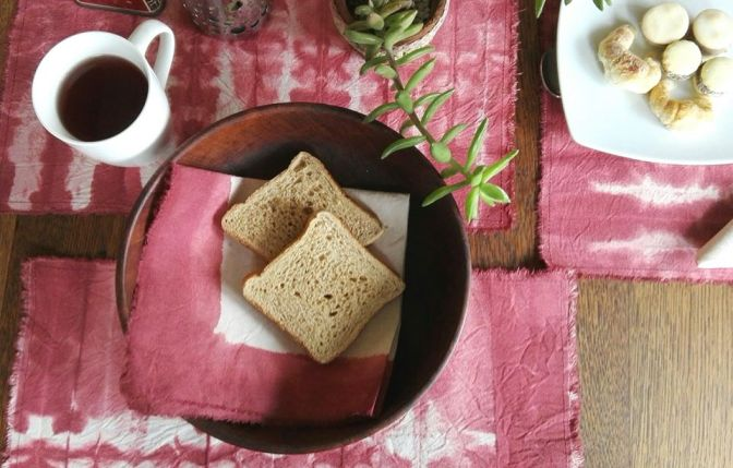 Bilá: cálidos y coquetos teñidos artesanales para vestir tu hogar