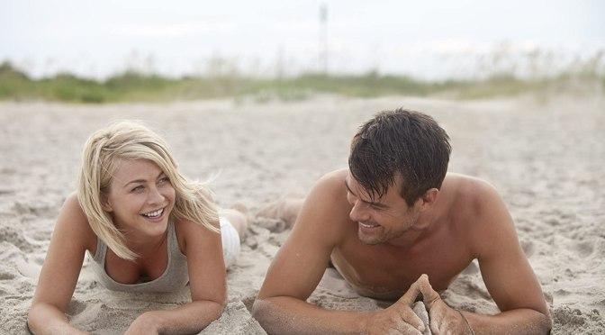AMC viste de amor su pantalla en febrero
